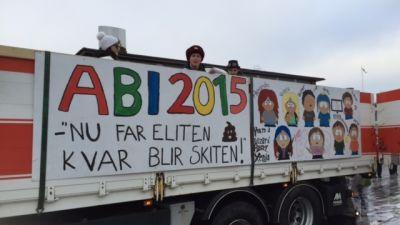 Abi 2015 på lastbilsflak i Kimito.
