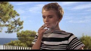 Jean Seberg elokuvassa Tervetuloa ikävä. Kuvakaappaus.