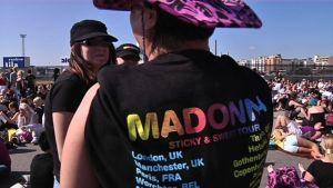 Madonnafans på Busholmen