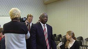 Den åtalade rwandiern i Borgå tingsrätt