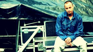 Petter backstage.