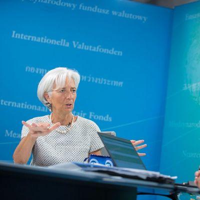 IMF:n pääjohtaja Christine Lagarde ja Viestintäjohtaja Gerry Rice vastasivat kysymyksiin virtuaalisessa lehdistötilaisuudessa 29. heinäkuuta.