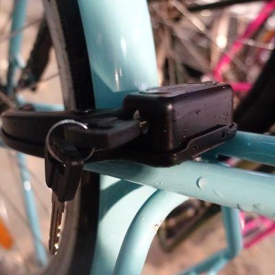 Pyörän lukko ja avain