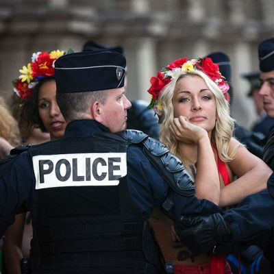 Feministinen protestiryhmä Femen mielenosoitus.