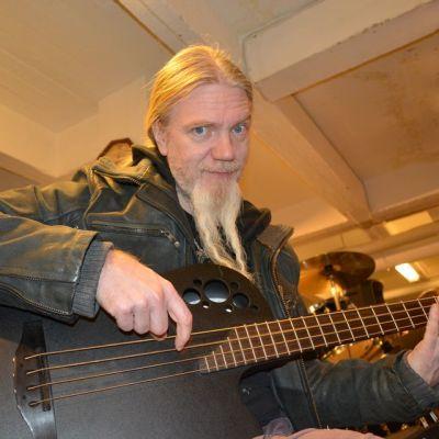 Nightwishin basisti Marco Hietala.