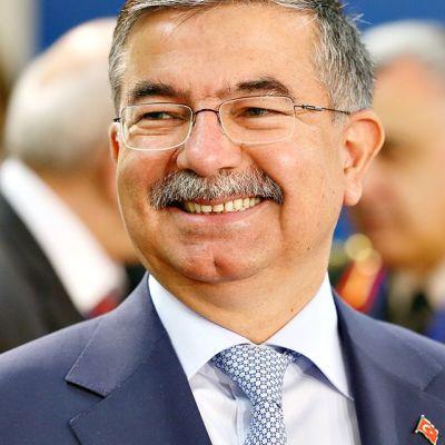 Ismet Yilmaz.