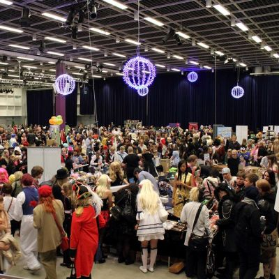 Roolipeli- ja cosplay-tapahtuma Tampere-talossa