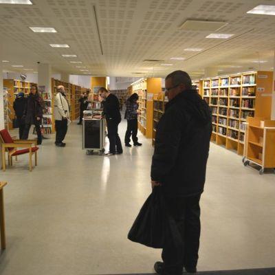 Kemin kirjasto