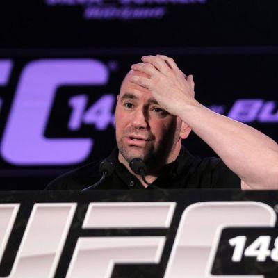 Dana White UFC-lehdistötilaisuudessa