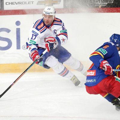 Ilja Kovaltshuk ja Topi Jaakola kuvassa