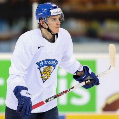Erik Haula