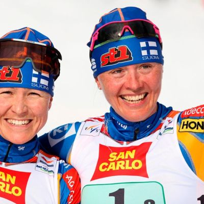 Aino-Kaisa Saarinen ja Virpi Kuitunen (nyk.) Sarasvuo Liberecin MM-kisoissa.