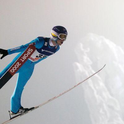 Lauri Asikainen