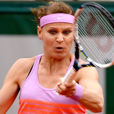 Lucie Safarova tenniksen Ranskan avoimissa 2015.
