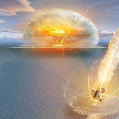 Piirroskuva, jossa toinen tulinen meteoriitti ryöpyttää vettä taustalla, toinen syöksyy juuri vedenpintaan.
