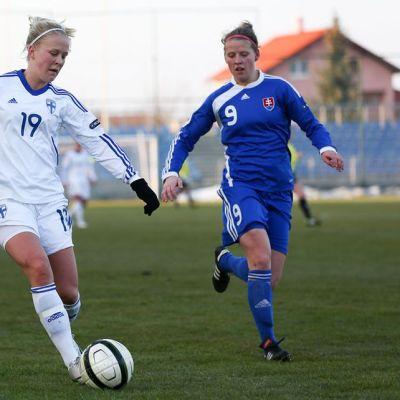 Adelina Engman aloitti Suomen kärjessä.