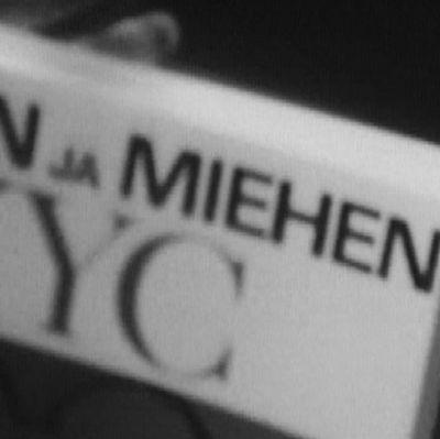 Kirja Naisen ja miehen XYC