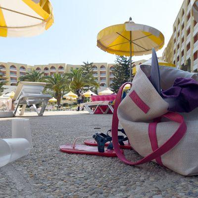 Hotellin allas-osasto terrori-iskujen jälkeen Soussessa, Tunisiassa perjantaina.