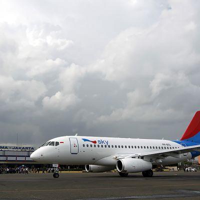 Suhoi Superjet 100 Indonesian Jakartassa helmikuussa 2013.