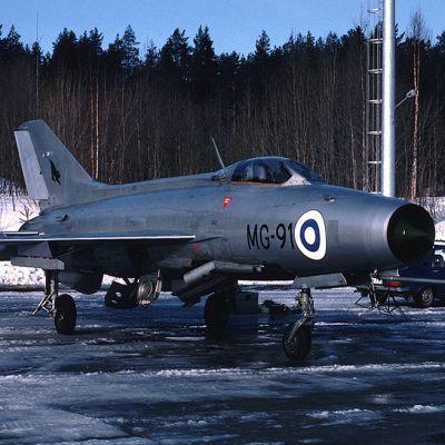 Sotilaslentokone MiG-21F-13