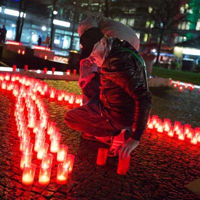 Aidsista muistuttava tapahtuma Berliinissä 30. marraskuuta 2013.