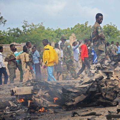 Somalian pääkaupungissa Mogadishussa räjähti autopommi keskiviikkona 24.6. Al-Shabaabin uskotaan olleen myös tämän iskun takana.