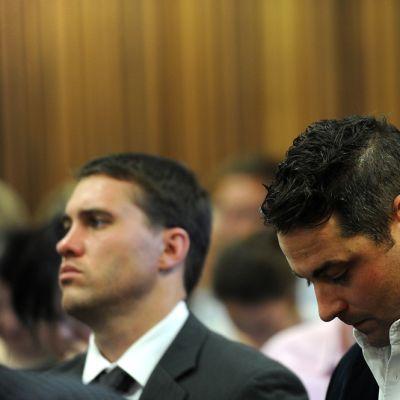 Pikajuoksija Oscar Pistorius oikeudessa.