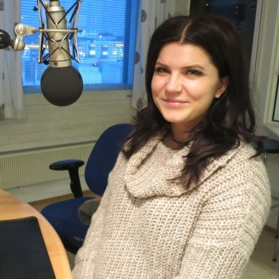 Suvi Teräsniska Lapin Radion aamuvieraana