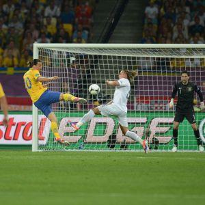 Zlatan nätade mot tamt Frankrike.