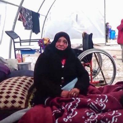 Syyrialaispakolaisia Bab al-Salaman leirissä
