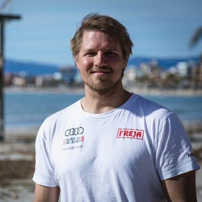 Tapio Nirkko kuvassa