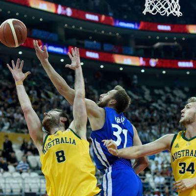 Australia ja Tshekki kentällä MM-koripallossa