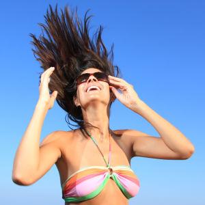 UV-suoja toimii iholla, ei hiuksissa.