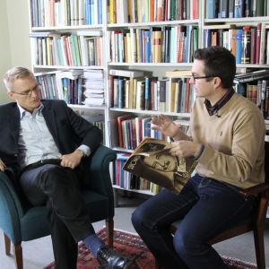 Erkko Lyytinen haastattelee Henrik Meinanderia