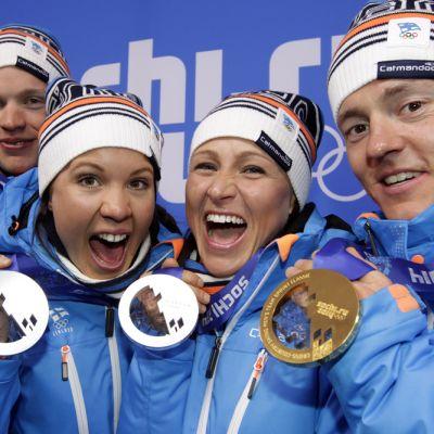 Iivo ja Kerttu Niskanen, Aino-Kaisa Saarinen ja Sami Jauhojärvi ottivat Sotshin olympiakisoissa parisprintissä mitalit.