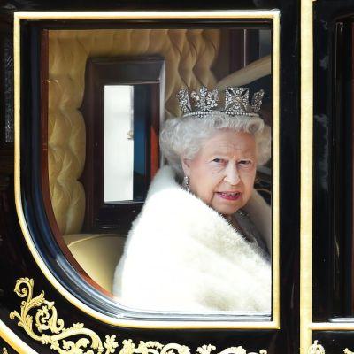 Britannian kuningatar Elisabet II toukokuussa 2015.