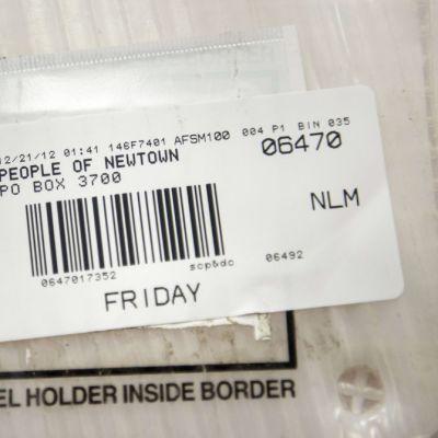 Newtownin posti on varannut oman laatikon kaupunkiin tulviville surunvalitteluille