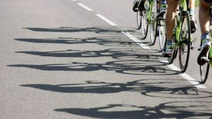 Cykling.
