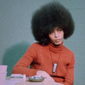 Angela Davis dokumenttielokuvassa Black Power Mixtape
