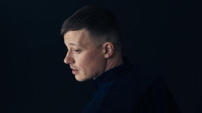 Författaren Kaj Korkea-aho.