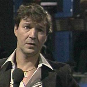 Matti Viironen laulaa valitusiskelmää.