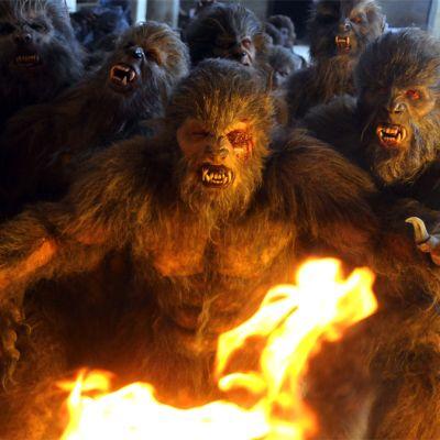 Kuva Juan Martinez Morenon ihmissusikomediasta Game of Werewolves.