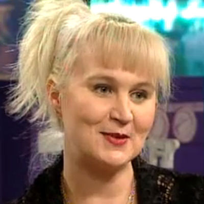 Anne-Marie Ellin eli Panu-tyttö Kaken pesulassa 1994.