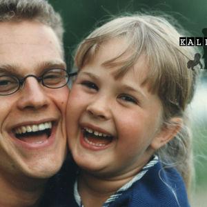 Simo Sipola tyttärensä kanssa