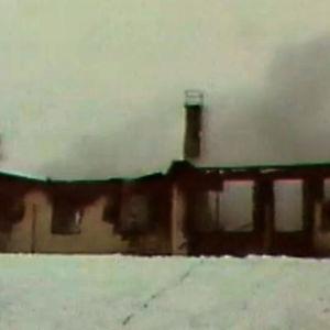Kuvaa Virtain vanhainkodilta tulipalon sammutuksen yhteydessä (Ylimääräinen uutislähetys 23.1.1979)