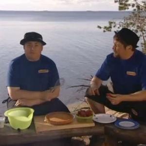 Makupalat järven rannalla