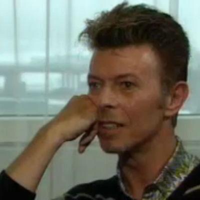 David Bowie Ajankohtaisen kakkosen haastattelussa 1996
