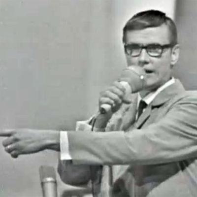 Juha Vainio esiintyy Helsingin Kulttuuritalolla 1968.