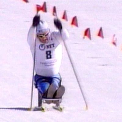 Hiihtäjä Naganon paralympialaisissa 1998