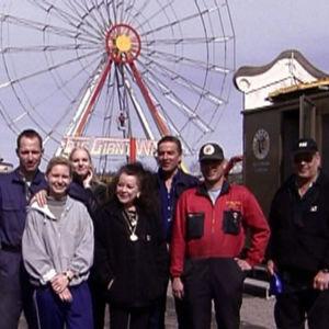 Sariolan tivoliperhe, ohjelmasta Tosi tarina: Sukujen Suomi: Tivolielämää (2001)